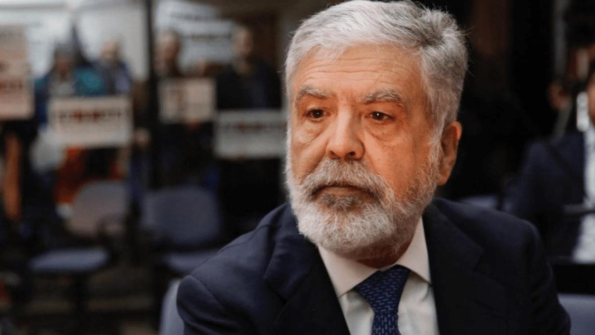"""Julio De Vido:""""Van por Cristina y el gobierno lo permite"""""""
